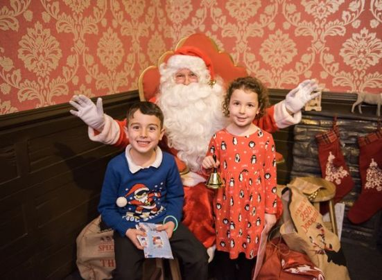 Oliver and Jasmine Lovell meet Santa at Princes Quay Image Go! Photo Vicky Benge